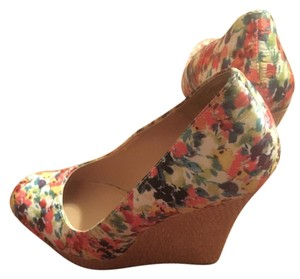 Brash floral Wedges