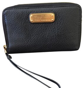 Marc by Marc Jacobs MARC BY MARC JACOBS Wingman iPhone Wristlet