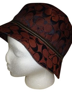Coach COACH BURGUNDY CANVAS LOGO BUCKET HAT