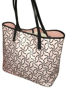 Kate Spade Stilletto Pinwheel Tote Tote in Pink