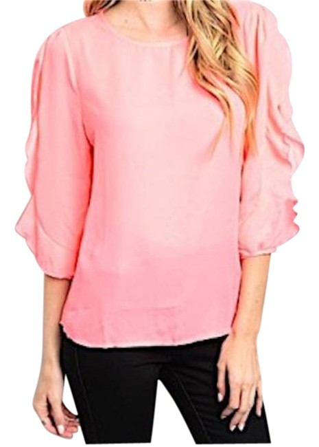 Preload https://img-static.tradesy.com/item/18910714/pink-ruffle-sleeve-blouse-size-12-l-0-1-650-650.jpg
