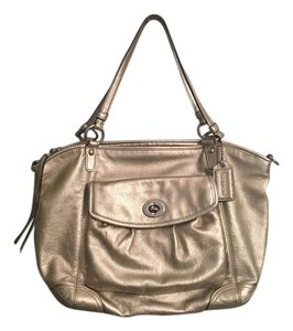 Coach Leather Tote in Gold metallic