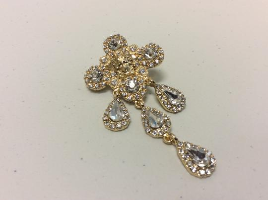 Other Gold Electro Plated Chandelier Post Earrings Cubic Zirconia Angel Face Image 3