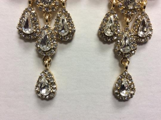 Other Gold Electro Plated Chandelier Post Earrings Cubic Zirconia Angel Face Image 4