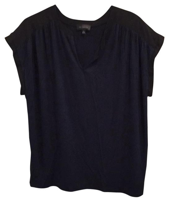 Preload https://img-static.tradesy.com/item/18915850/the-limited-black-and-navy-sleeveless-blouse-size-12-l-0-1-650-650.jpg