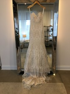Allure Bridals C385 Wedding Dress