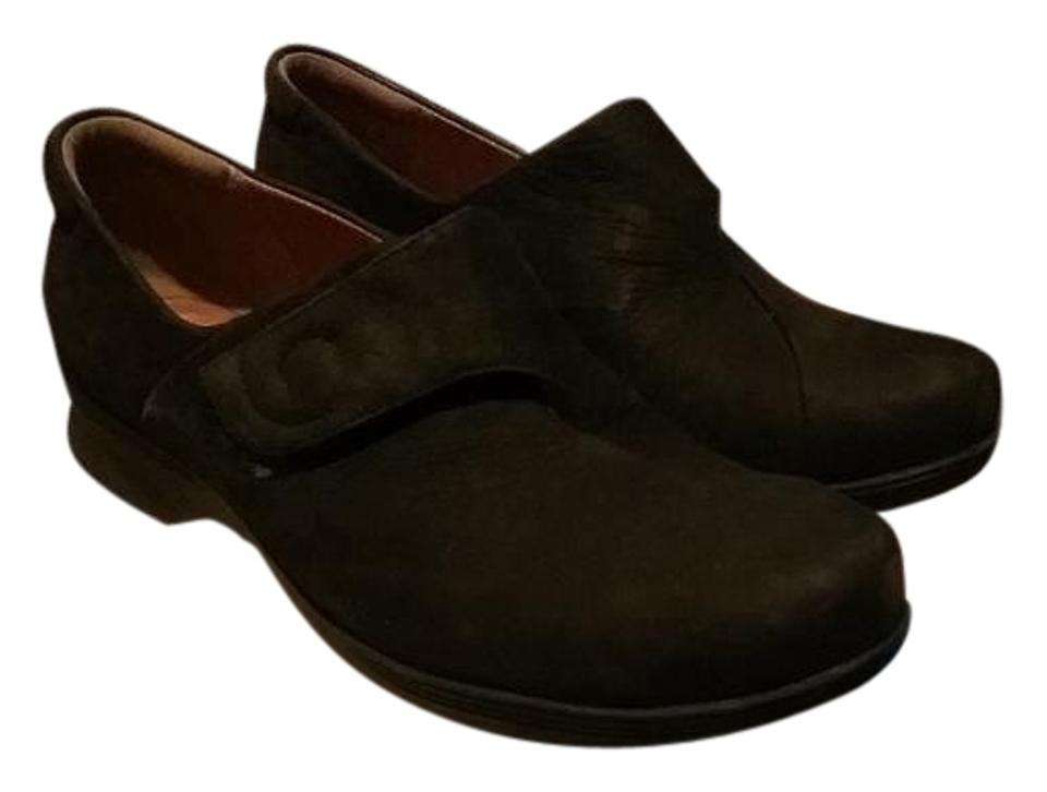 Clarks Black Buckle Rounded Toe with Button Buckle Black Mules/Slides cced3f