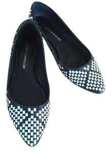 Rebecca Minkoff Chic Everyday Pointy Toe Woven & Black & White Flats