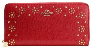 Coach COACH BORDER STUD ACCORDION ZIP WALLET in leather Red gold 53636