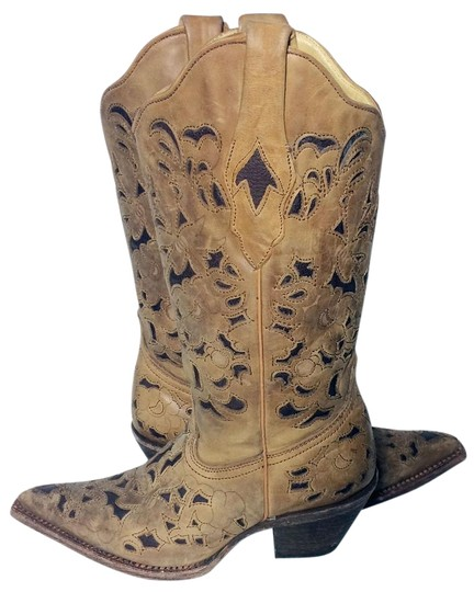 Preload https://img-static.tradesy.com/item/18921805/corral-boots-brown-1961-black-leather-engraved-floral-cowgirl-bootsbooties-size-us-6-regular-m-b-0-1-540-540.jpg