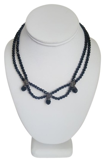 Preload https://img-static.tradesy.com/item/18923023/black-stone-with-silver-accents-necklace-0-1-540-540.jpg