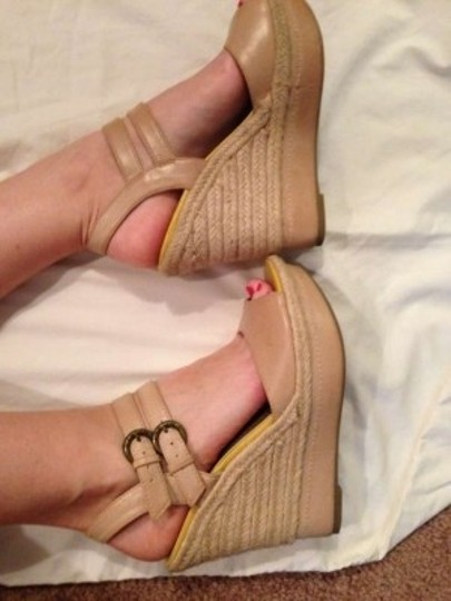 Guess Nude and yellow Wedges