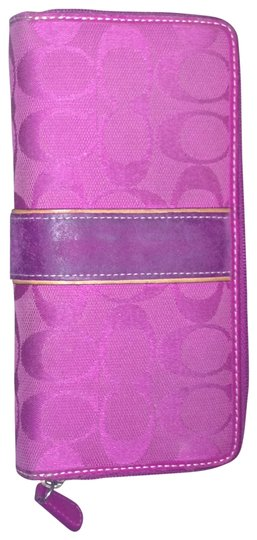 Preload https://item5.tradesy.com/images/coach-pink-signature-wrap-around-wallet-189309-0-0.jpg?width=440&height=440