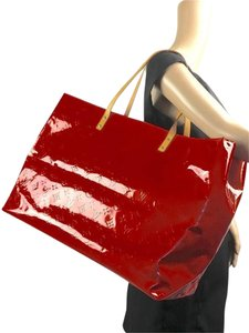 Louis Vuitton Gm Mm Large Tote in Red