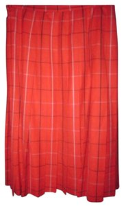 Burberry Mint Condition/nwot Very Look Figure Flattering Perfect To Mix/match Knife Skirt black, red, and ivory plaid