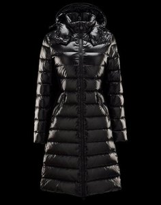 688a09d34bfc Moncler Clothing - Up to 70% off a Tradesy