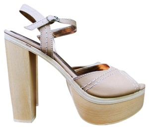 Twelfth St. by Cynthia Vincent Tan Leather Sandal Chunky Cream Platforms