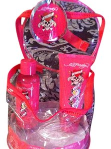 Ed Hardy 3 Peice BRAND NEW Lot #1-BODY WASH-#2-BODY SCRUB-#3-Ed Hardy Bag