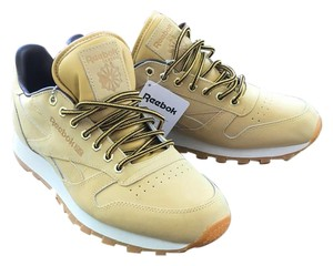Reebok Men's Sneakers Size 10 Classic Yellow Athletic