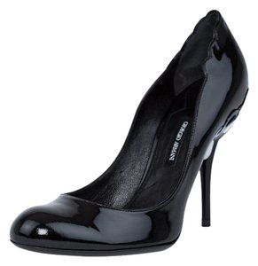 Giorgio Armani Stilletos Armani Heels Round Toe Black Pumps