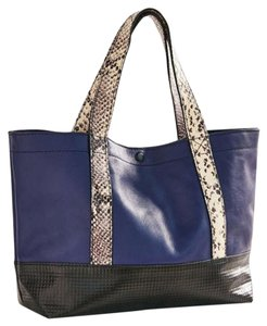 Urban Outfitters Nwt Leather Tote in blue