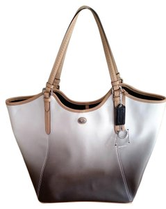 Coach Peyton Large Tote in multi chocolate/white