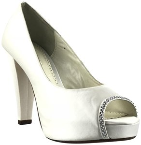 Benjamin Adams Platform Silk Peep Toe White Pumps