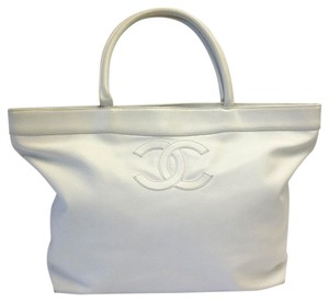 Chanel Leather Tote in white