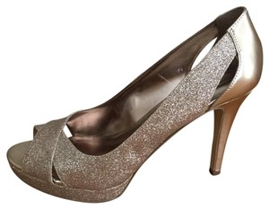 Alfani Gold Pumps