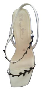 Fioni White and black Sandals