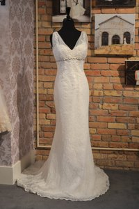 Enzoani Honolulu Wedding Dress