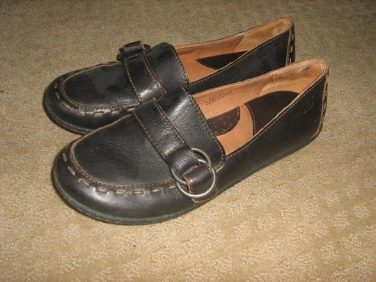 Brn Black with brown stitching - metal buckle Flats Image 1