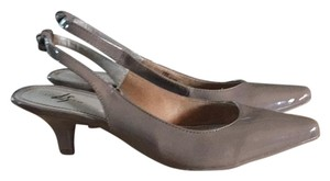 LifeStride Taupe Pumps