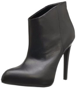 Boutique 9 Faustine Black Boots