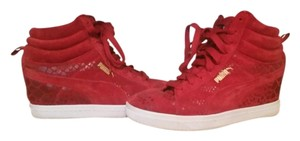 Puma Suede Leather Red Platforms