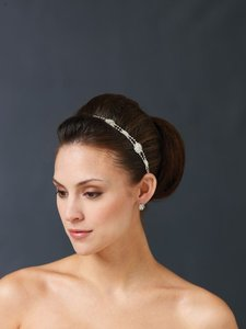 Mon Cheri Berger Headpiece 9464