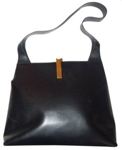 Gucci Jackie Strap Cut-outs Sleek & Chic Look Dressy Or Casual Modern Yet Retro Hobo Bag