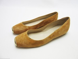 Butter Gold Suede Suede Gold Low Wedge Cognac Flats