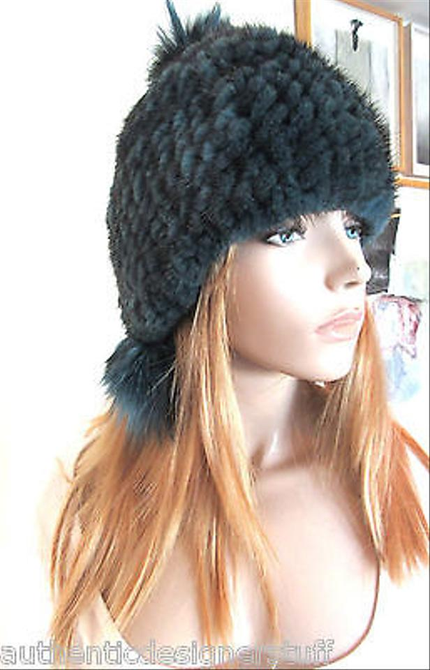 b8b616cd2 Jocelyn Black Knitted Mink Fur with Pom Poms Size 0/S Hat 42% off retail