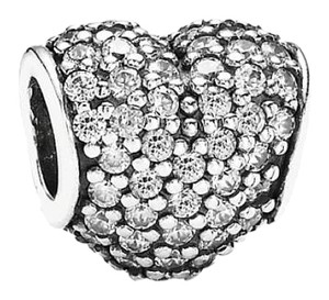 PANDORA Pave Heart Clear