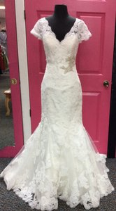 Maggie Sottero Ivory Lace Veda Vintage Wedding Dress Size 8 (M)