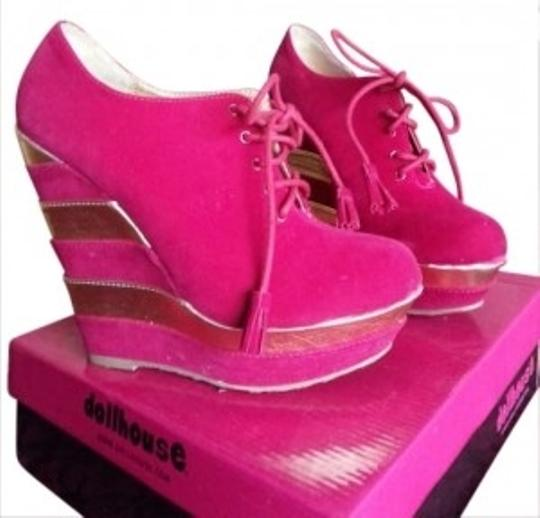 Dollhouse fuchsia Wedges