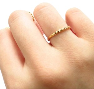 Elliot Francis Twisted gold ring/midi ring