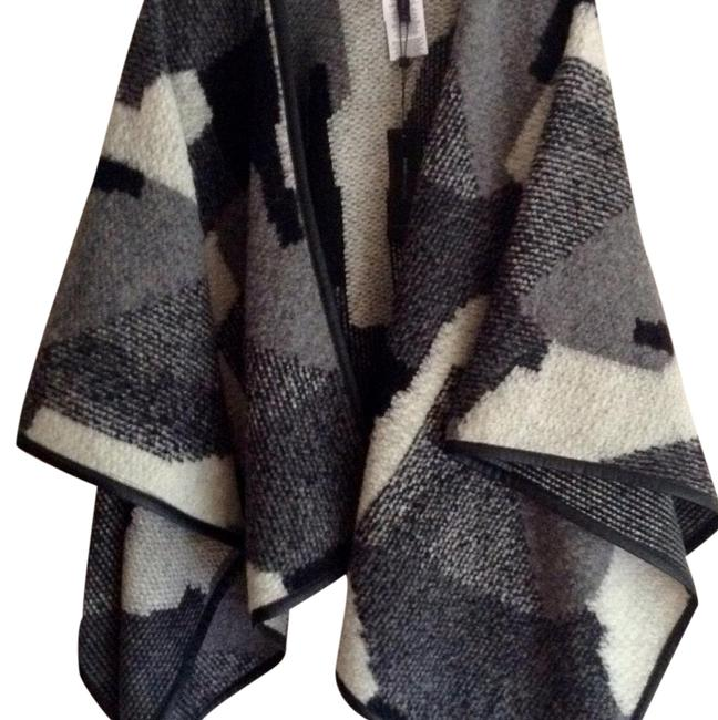 Item - Multicolor Rudy Poncho/Cape Size OS (one size)