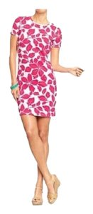Old Navy short dress pink and white Floral Jersey Crew Neck on Tradesy