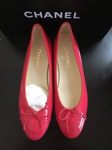 Chanel Coral Red Flats