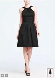 David's Bridal Black Cotton Short Y-neck and Skirt Pleating Style 83690 Formal Bridesmaid/Mob Dress Size 8 (M)