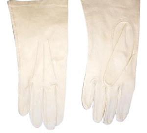 Made in Malta Woman's leather gloves