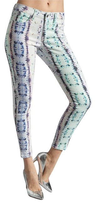 Preload https://item2.tradesy.com/images/joe-s-white-and-blue-printed-crop-skinny-jeans-size-25-2-xs-18974176-0-1.jpg?width=400&height=650