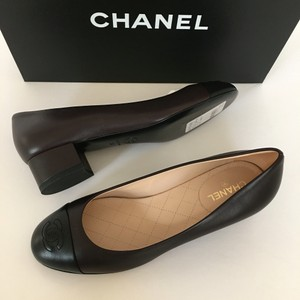 Chanel Chain brown Pumps